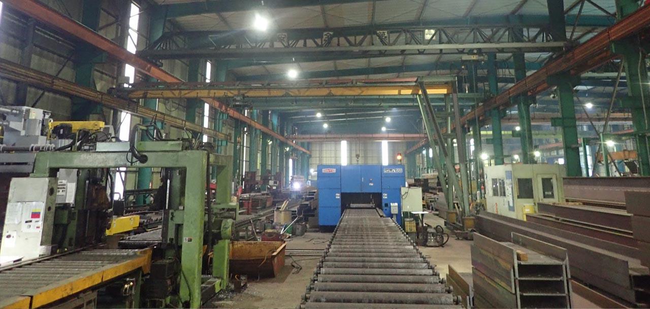 整備された工場